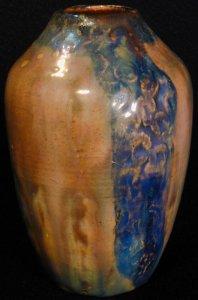 [Iridescent Vessel by Paul J. Katrich (0298)]