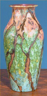 [Iridescent Pottery by Paul J. Katrich (0589)]