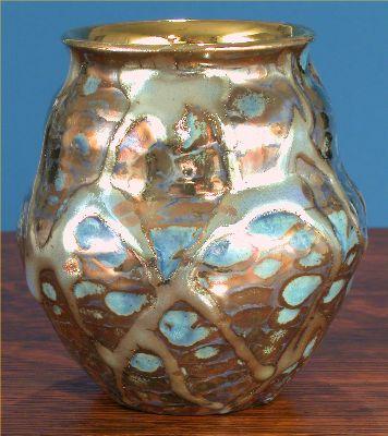 [Iridescent Pottery by Paul J. Katrich (0591)]