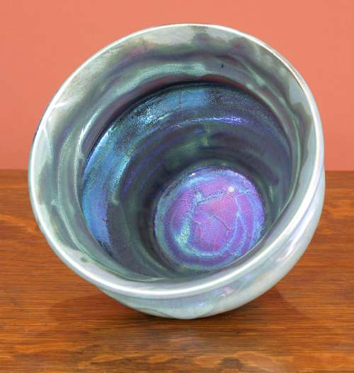 [Iridescent Pottery by Paul J. Katrich (0791)]