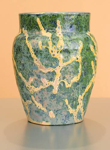 [Iridescent Pottery by Paul J. Katrich (0966)]