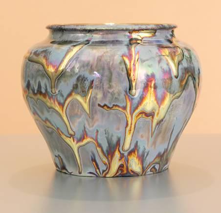 [Iridescent Pottery by Paul J. Katrich (0968)]