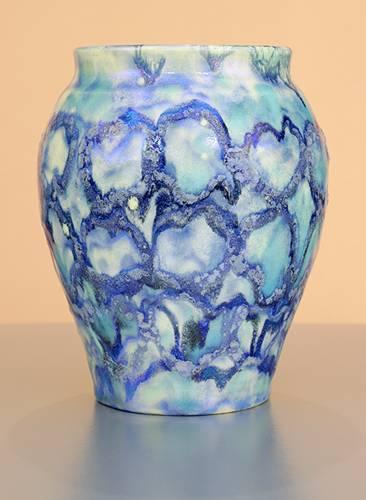 [Iridescent Pottery by Paul J. Katrich (0973)]