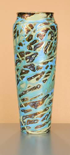 [Iridescent Pottery by Paul J. Katrich (0978)]