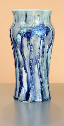[Iridescent Pottery by Paul J. Katrich (0980)]