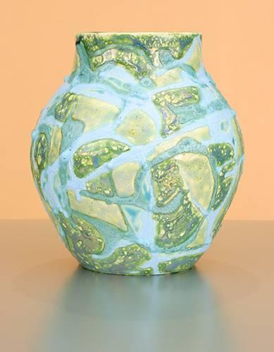 [Iridescent Pottery by Paul J. Katrich (0981)]