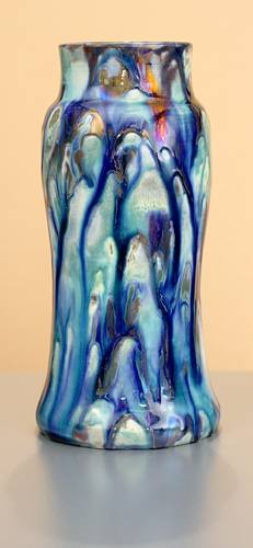 [Iridescent Pottery by Paul J. Katrich (1056)]