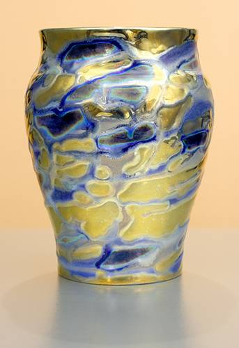 [Iridescent Pottery by Paul J. Katrich (1226)]