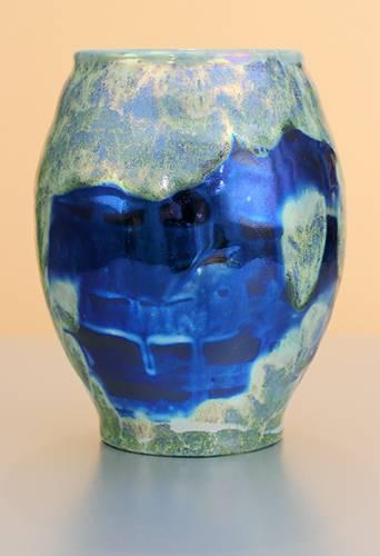 [Iridescent Pottery by Paul J. Katrich (1270)]