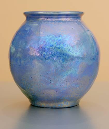 [Iridescent Pottery by Paul J. Katrich (1292)]