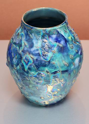 [Iridescent Pottery by Paul J. Katrich (1370)]